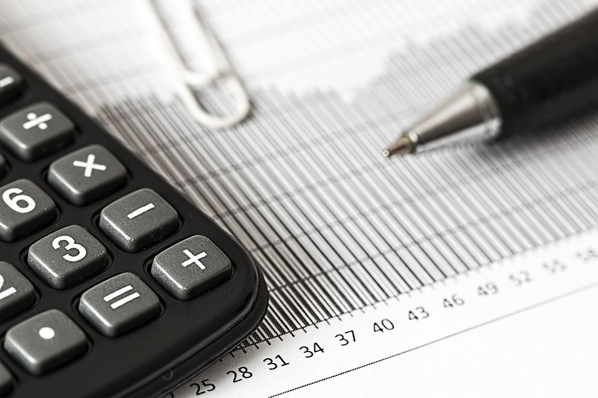 Translating in the Financial Field